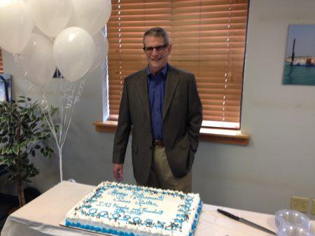 رئيس IMS جيم هورتون في حفل التقاعد
