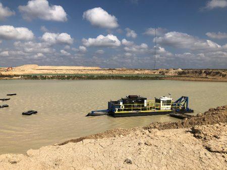 A 7012 HP substitui 6 escavadeiras no Texas.
