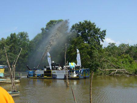 تطهير الأنهار في منطقة البحر الكاريبي.